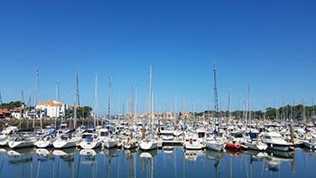 Blick auf den Yachthafen von Capbreton